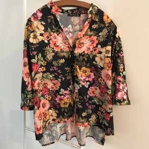 Tops - Oversized Floral Blouse
